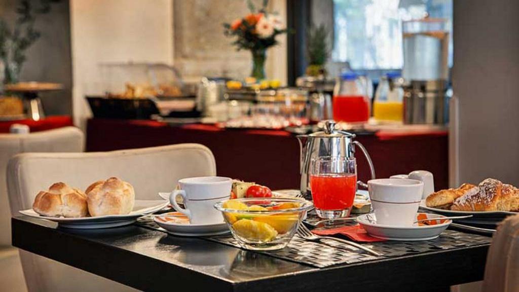 116094241-dharma-luxury-hotel-2560