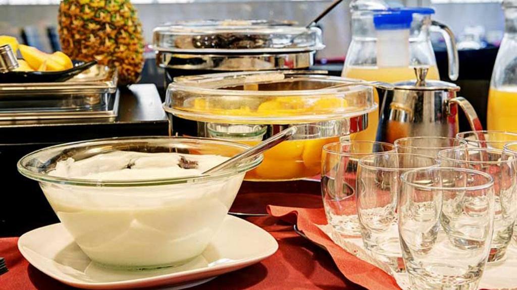 128671093-dharma-luxury-hotel-2560