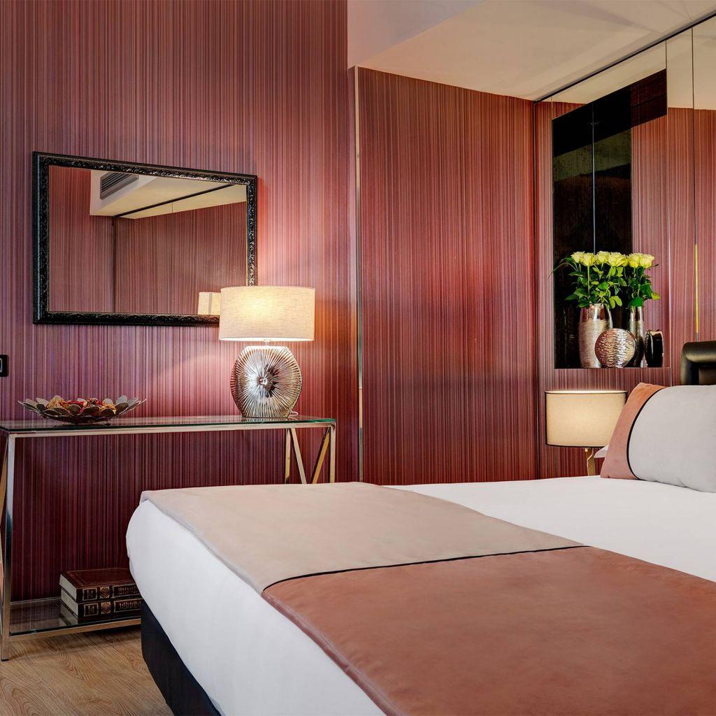Dharma-luxury-hotel-executive-suite-1-1