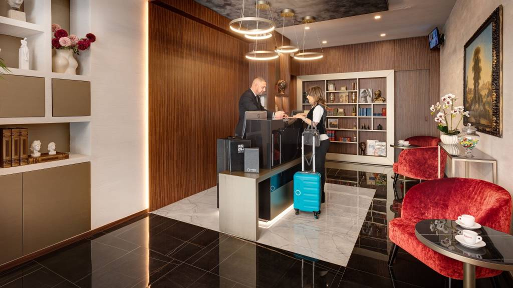 Dharma-luxury-hotel-reception-nuove-front-2