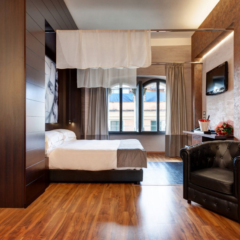 WIHP-hdharma-suite-122-1024x682-dharma-luxury-hotel-1600