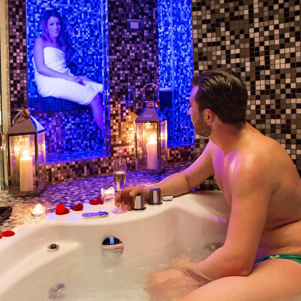 classic-wellness-04-dharma-luxury-hotel-1600