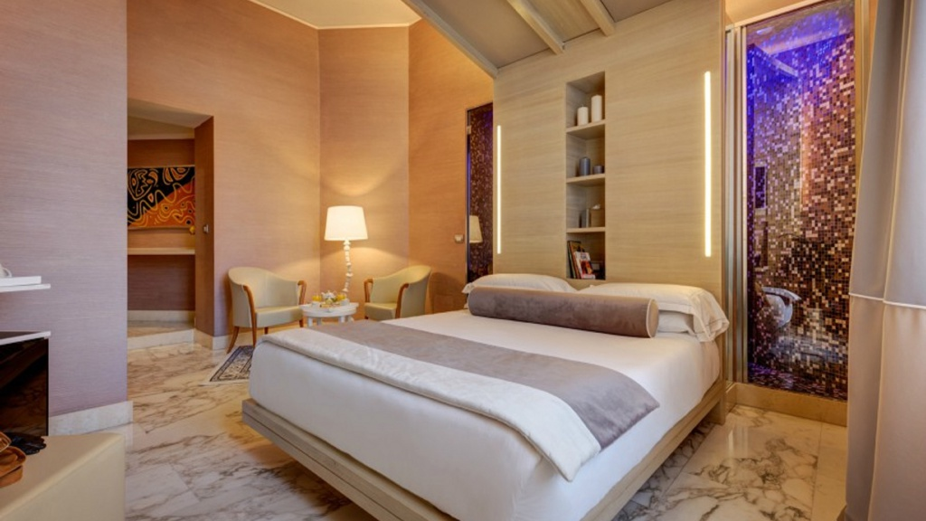 jun2-1-dharma-luxury-hotel-2560