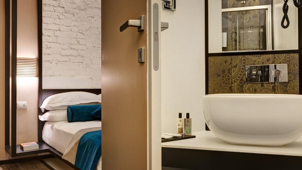 smart-02-dharma-luxury-hotel-2560