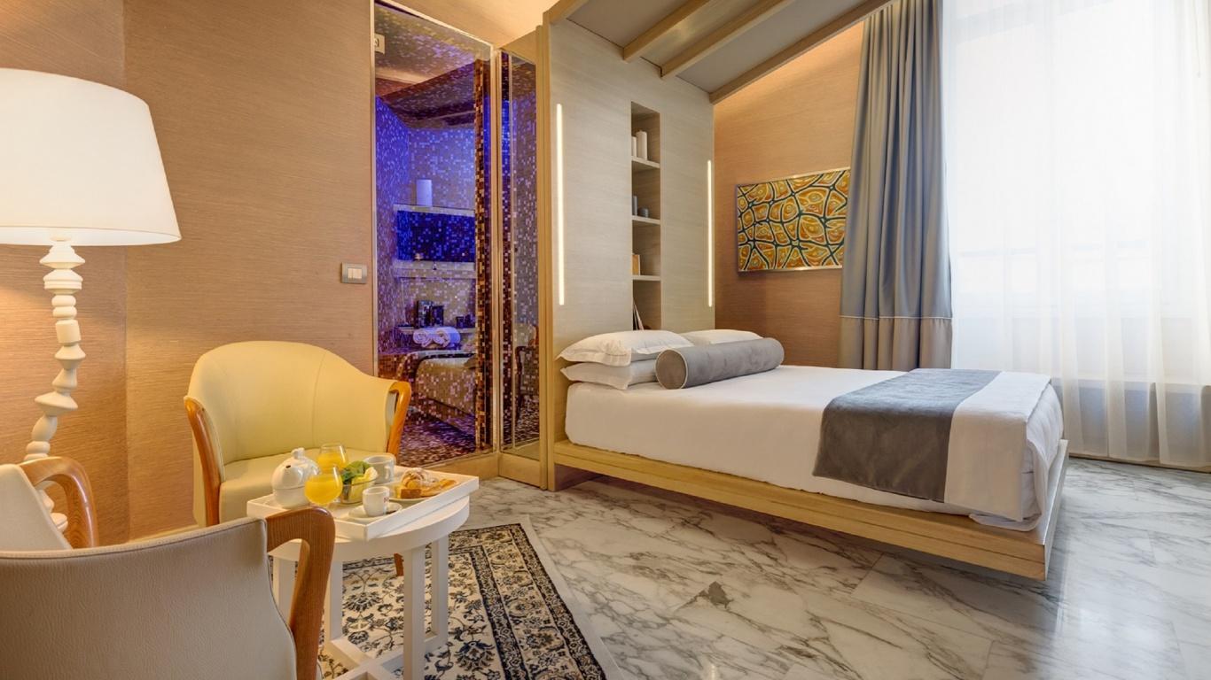 junior-02-dharma-luxury-hotel-2560