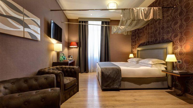 Dharma-luxury-hotel-camera-comfort-new