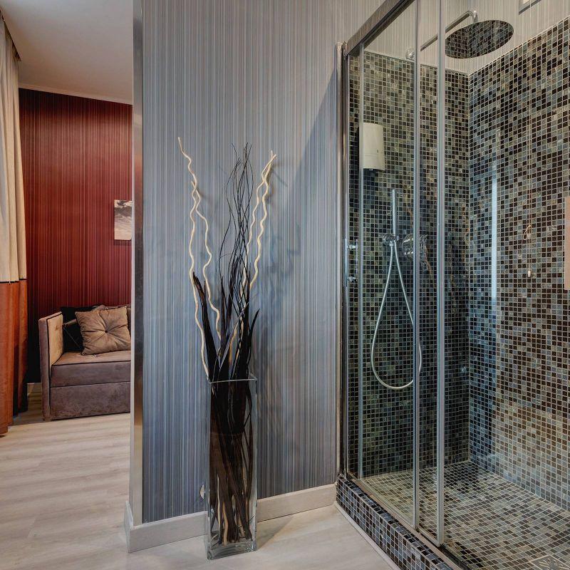 Dharma-luxury-hotel-executive-suite-3-1
