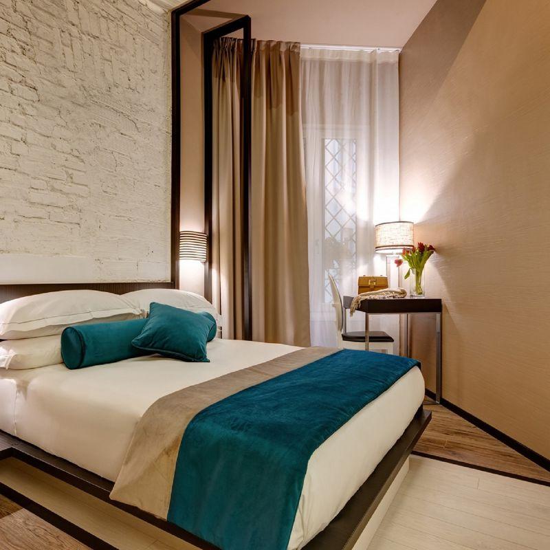 smart-01-dharma-luxury-hotel-1600